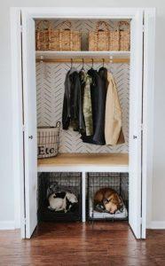 dimensions of a standard bedroom closet