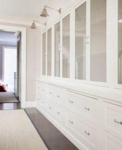 dimensions of standard bedroom closet
