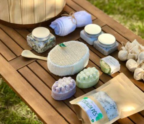 Japanese Wood Ofuro Soaking Tub